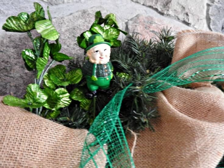 st pats leprechaun wreath