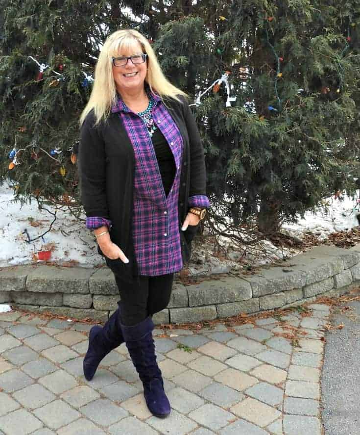 Svelte leggings, Old Navy flannel and cardigan for travel outfits plus Giant Tiger Boots and 7 Charming sisters bib necklace