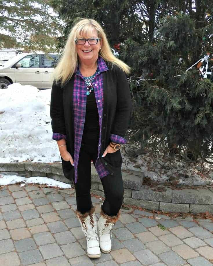 Svelte leggings, Old Navy flannel and cardigan for travel outfits plus white winter skecher boots