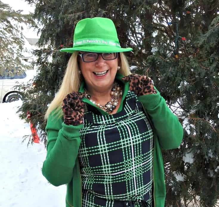 Kelly Green and Plaid for St Patrick's Day