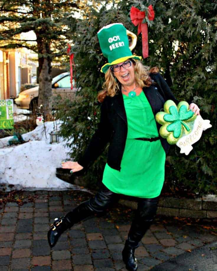kelly green and go Irish