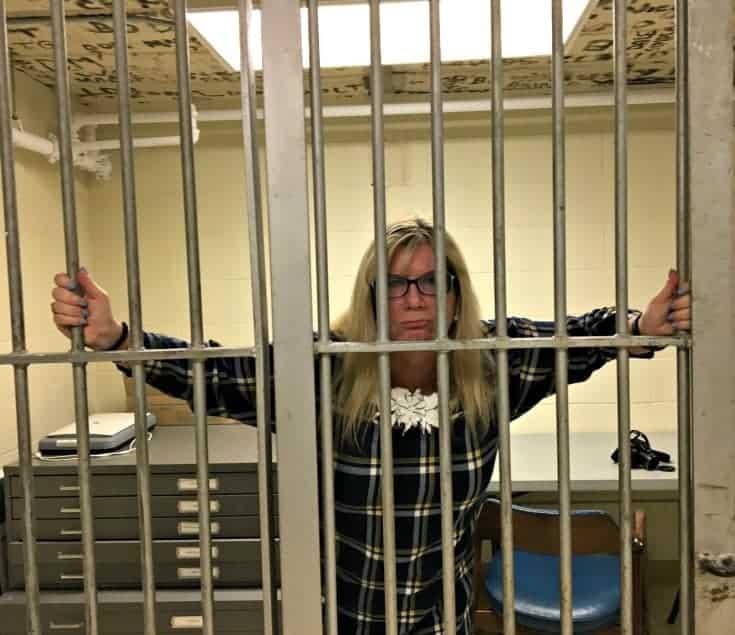 linda in jail