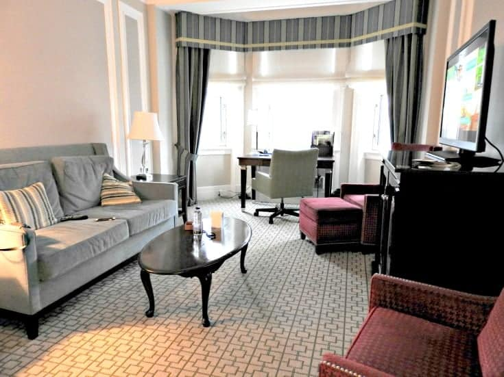 Parlour corner room at the Chateau Laurier