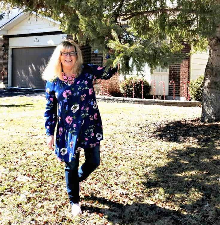 spring has sprung Old Navy Floral Dress and Haggar Dream Jeans with pink suede tom's