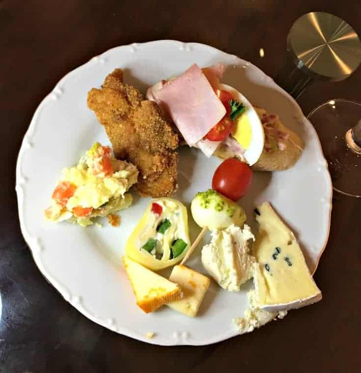 sample plate at the czech embassy