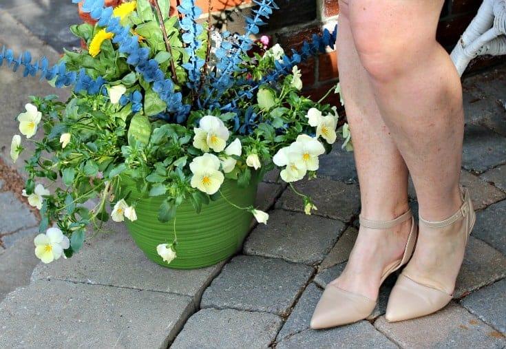 shoe dazzle nude kitten heels