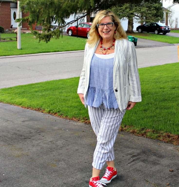 Spring in Old Navy peplum gingham cami with linen stripped pants, blazer and red converse