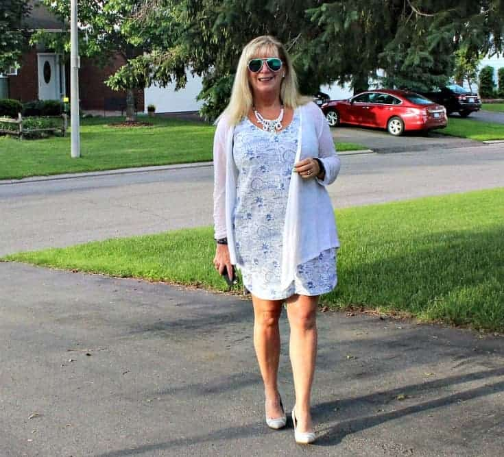 strolling in Old Navy blue and white Summer Dress with white and blue stripe pumps