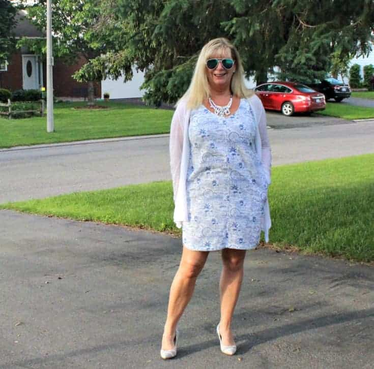ready for summer lovin in Old Navy blue and white Summer Dress with white and blue stripe pumps