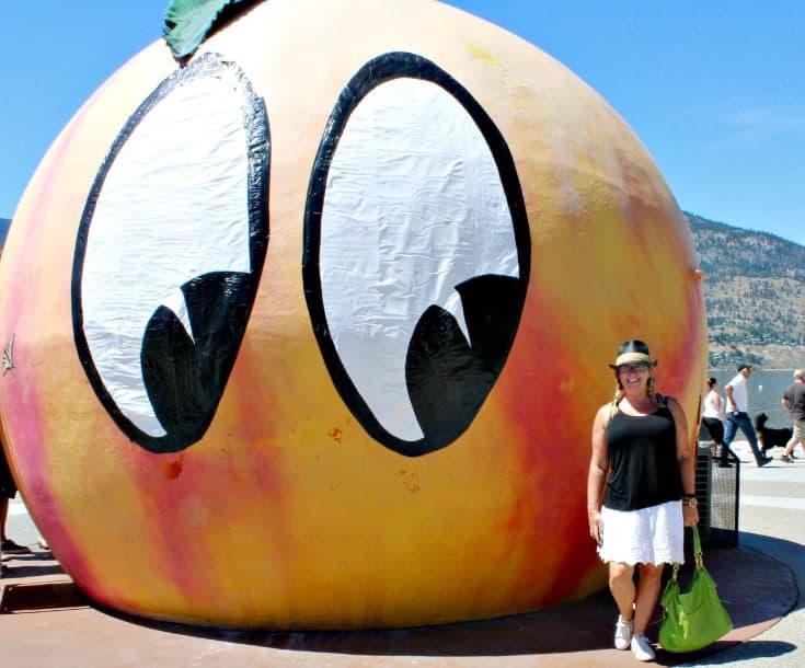 Peach City Beach Cruise and sun outfits