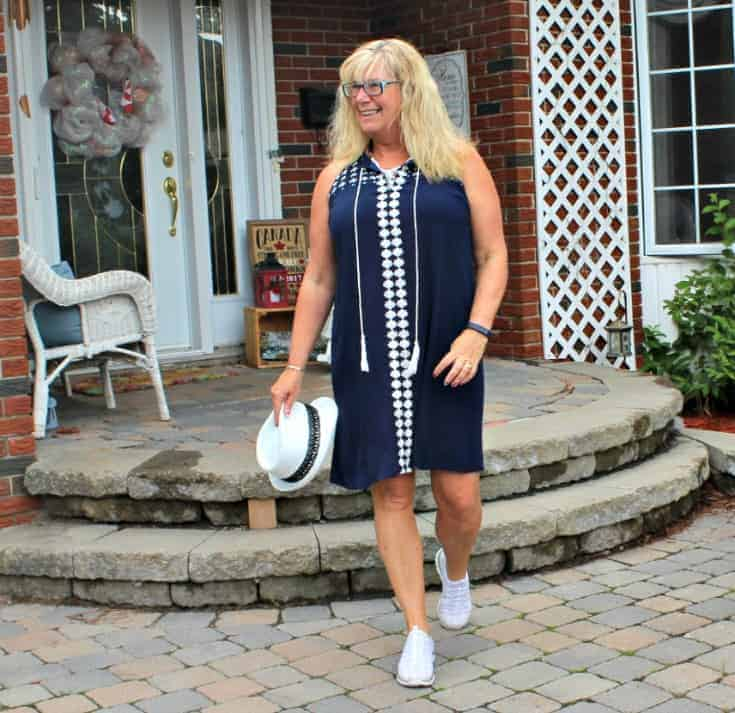 strolling in Lily Morgan Crinkle Dress from Giant Tiger and the Flex Appeal Skechers in gold and white