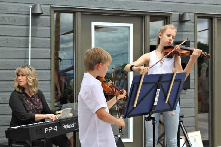 entertainment at Grand Opening of Kin Vineyards
