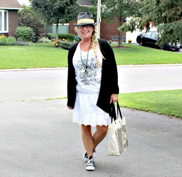 Honest Heart Collective Tank and lace skirt with converse and a fedora for Ottawa Bluesfest