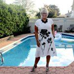 Fashion Mia White Linen Shift poolside