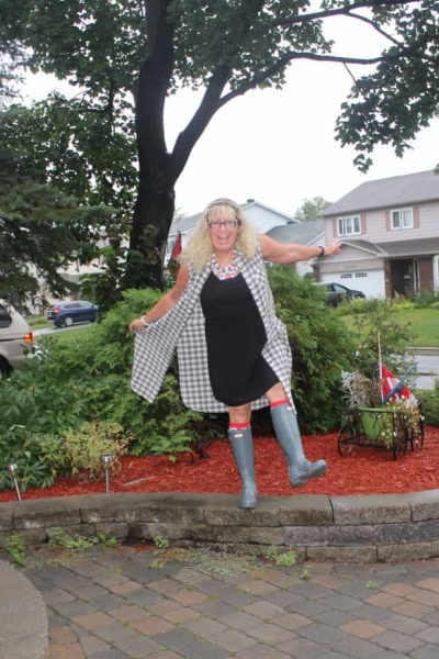 Rainy Day People and A Labour of Fashion #139