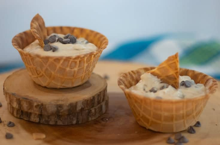 cannoli dip waffle bowls