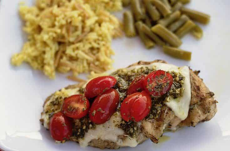 grilled chicken with fresh tomatoes and mozzeralla