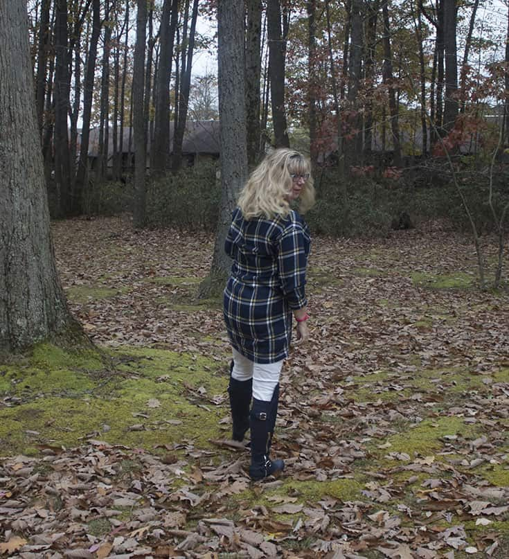 strolling in Old Navy Tunic and Navy Shoe dazzle OTK boots