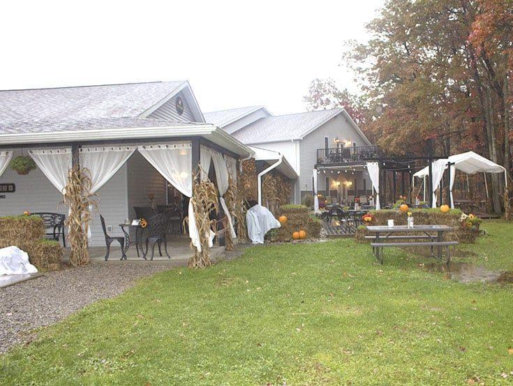 grounds at Deer Creek Winery