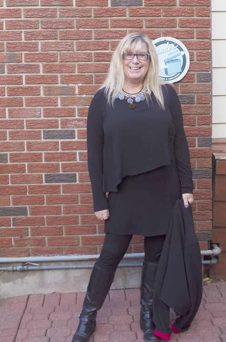 Embroidered Blazer from Target and LNBF Tunic and bamboo leggings. with GH Bass boots
