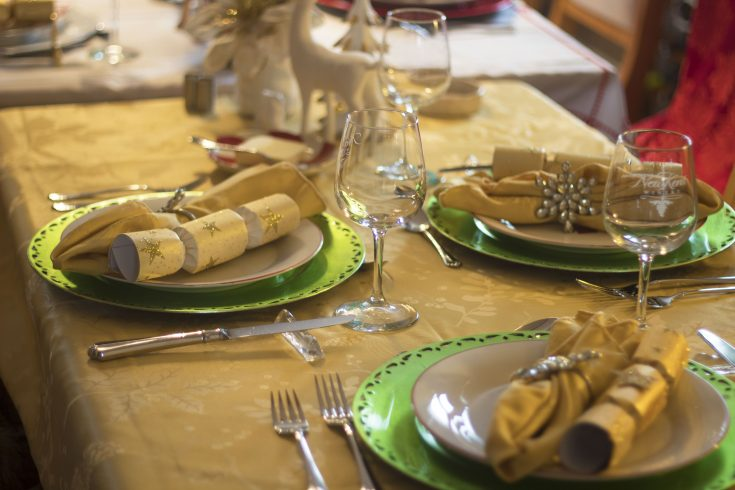 Red and Gold Classic Christmas Table
