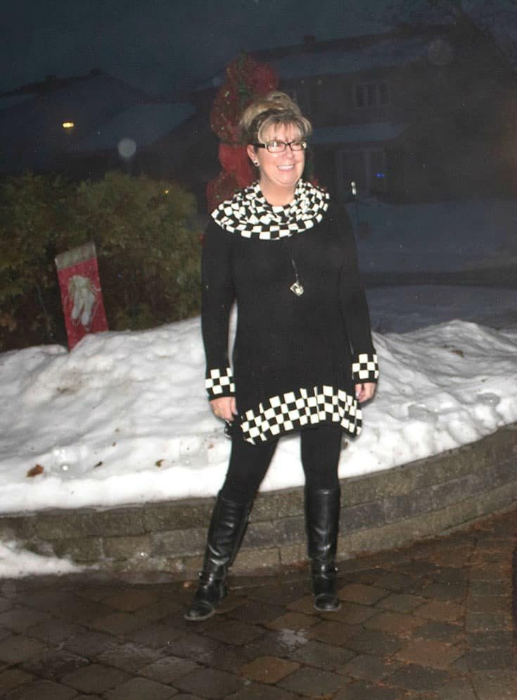 Posing in my Fecbek tunic leggings and boots after the photo has been edited