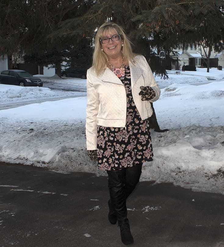 Feeling pretty in pink with Giant Tiger Floral and a Gold Moto from Target, with skecher wedges and leather leggings.