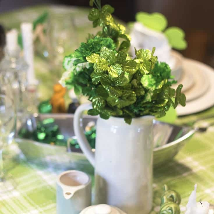 St Patrick's Day Centrepiece with Rae Dunn