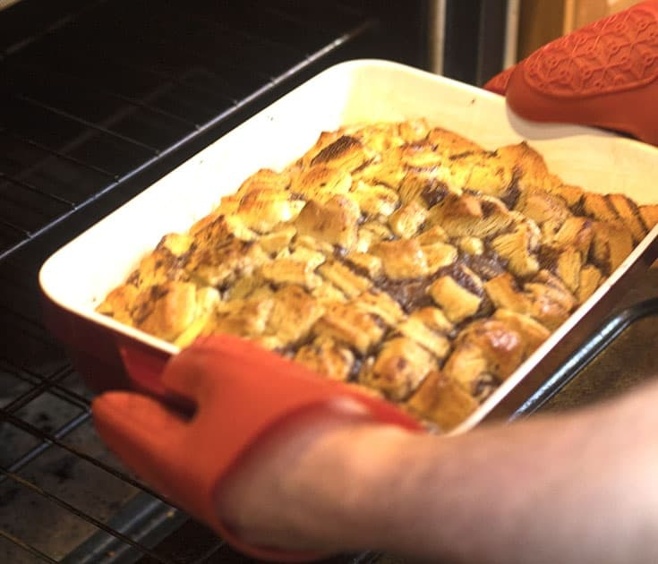 baking Pillsbury Cinnamon Bun Casserole