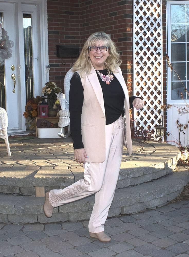 blush H&M pants with a ribbon trim