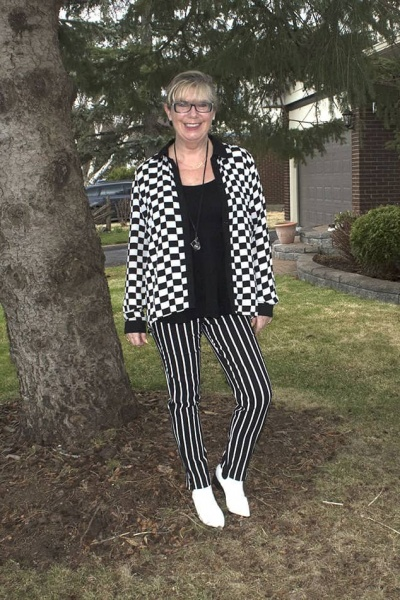 I Never Tire of Stripes and Checks and a LInkup
