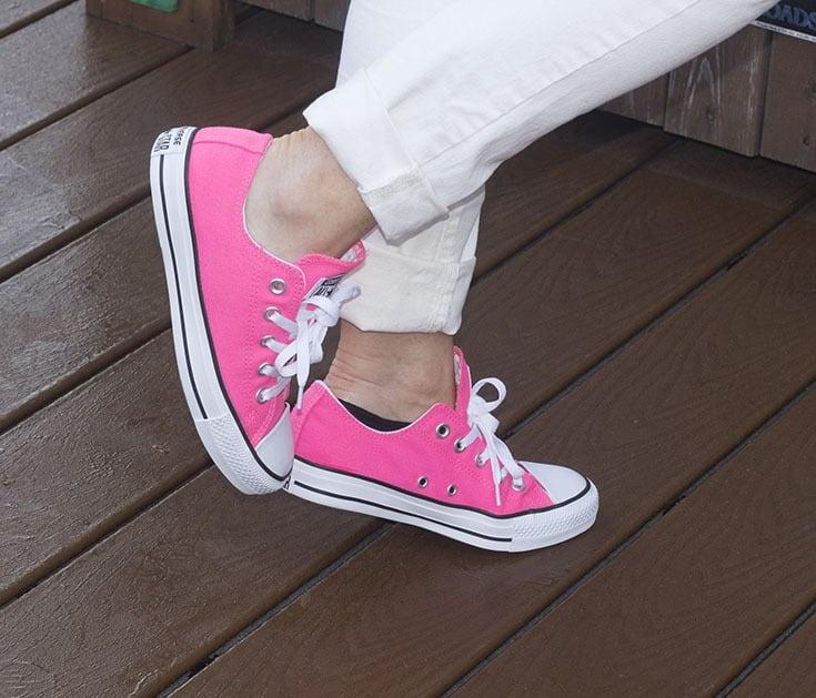 pink neon converse