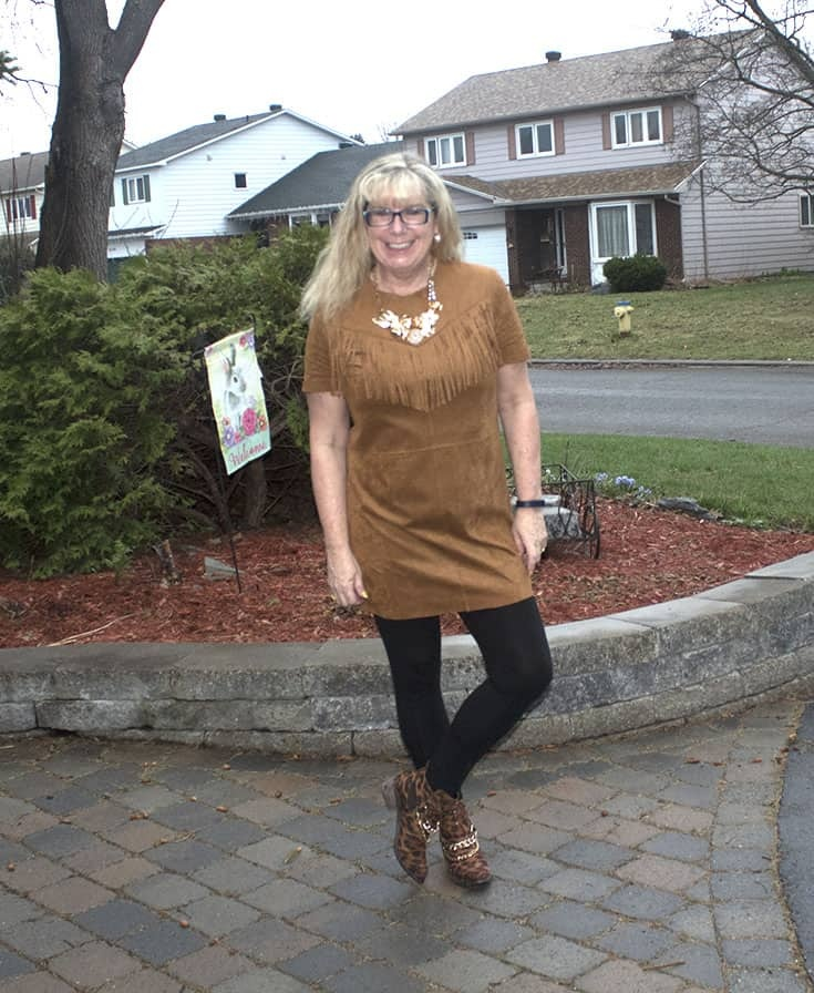 Fringe tunic from Forever 21, bamboo leggings and Shoe Dazzle leopard booties