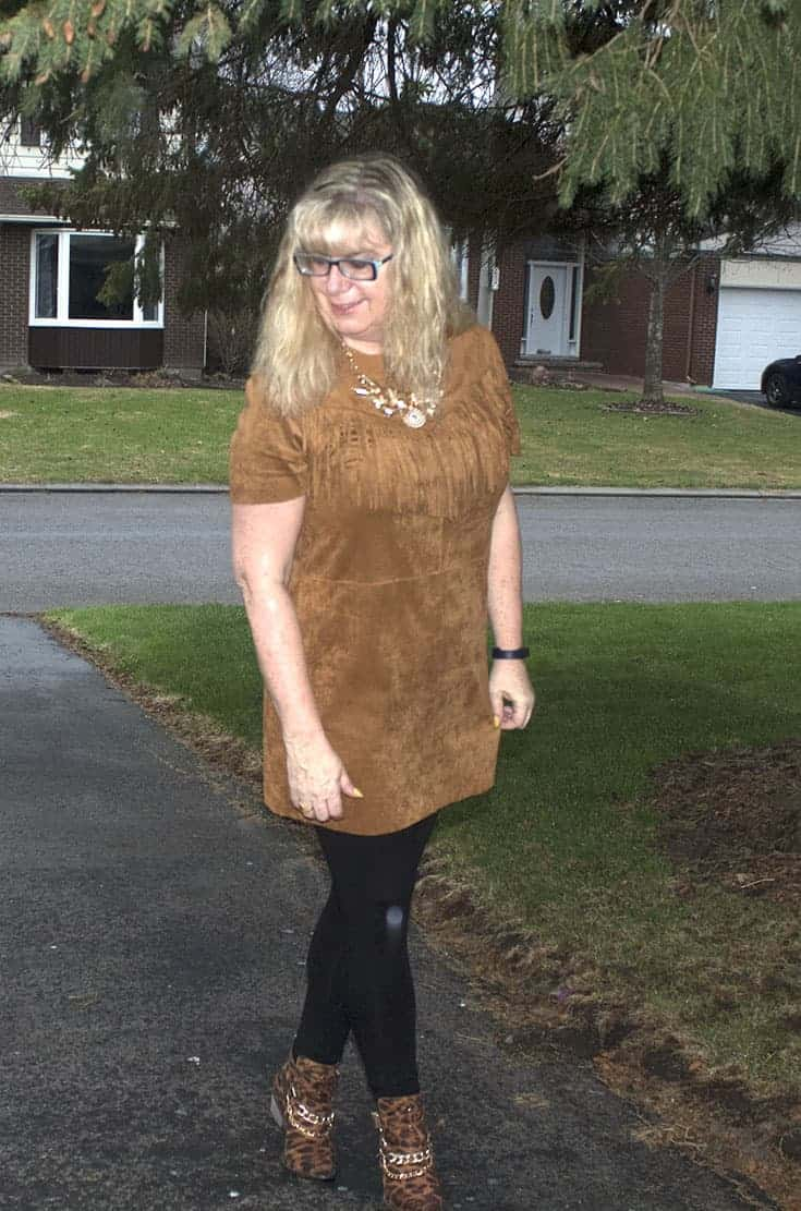 Fringe tunic from Forever 21, bamboo leggings and Shoe Dazzle leopard boots 4