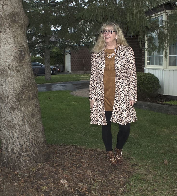 Gamiss Leopard Coat Fringe tunic from Forever 21, bamboo leggings and Shoe Dazzle leopard boots 2