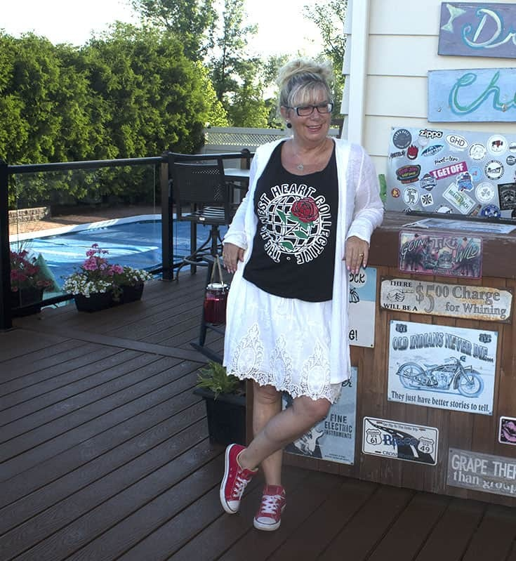 Honest Heart and red converse with a white skirt