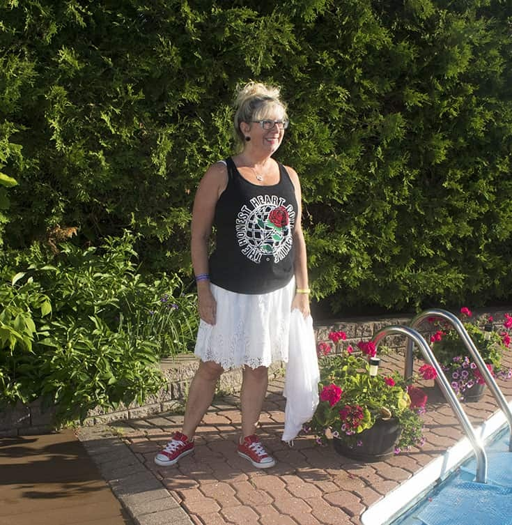 tank and converse for summer uniforms