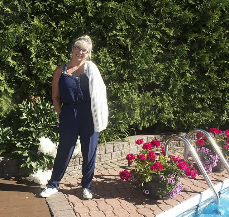summer ready in a Target Jumpsuit, A linen blazer and converse with zippers