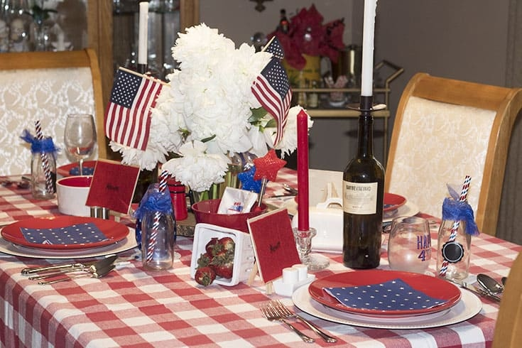Table setting for July 4th