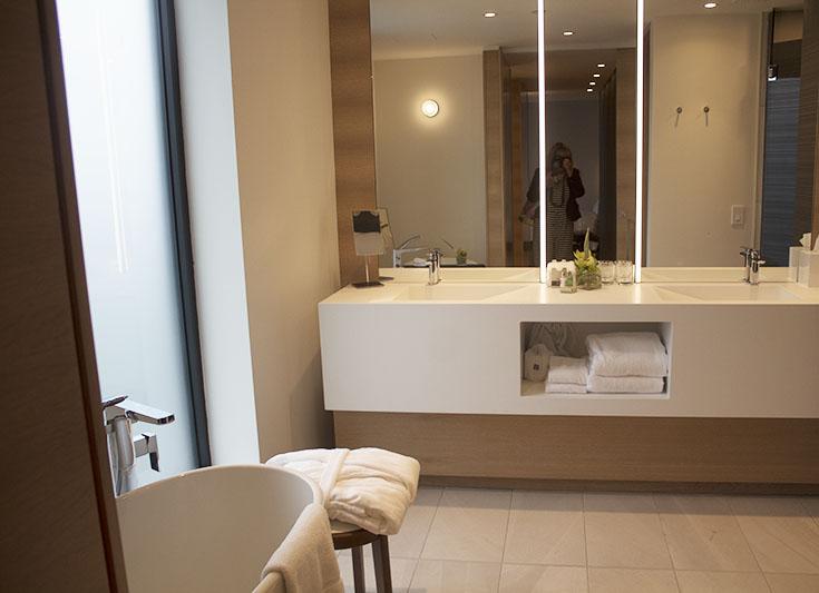 bathroom le germain