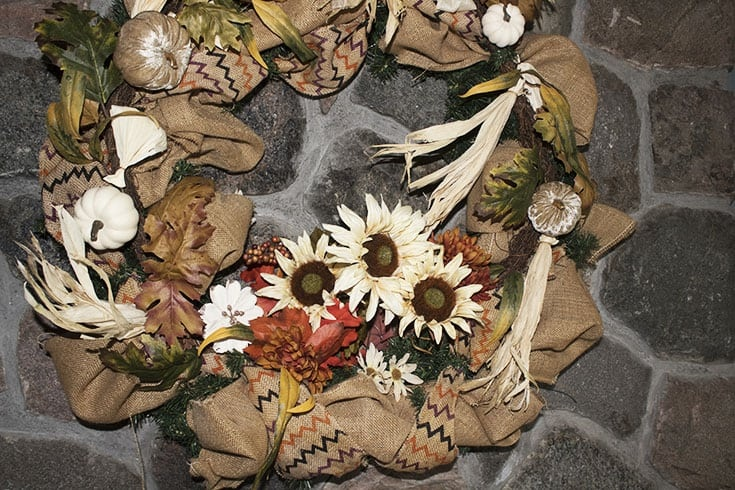 Mantle wreath in fall neutral