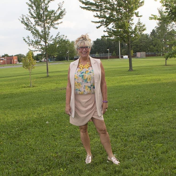 forever 21 blush tulip skirt and long vest 3
