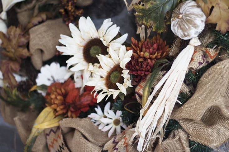 neutral flowers for a fall wreath