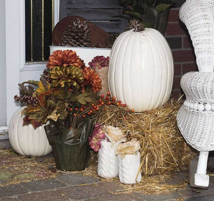 homemade sweater pumpkins and vases_9024