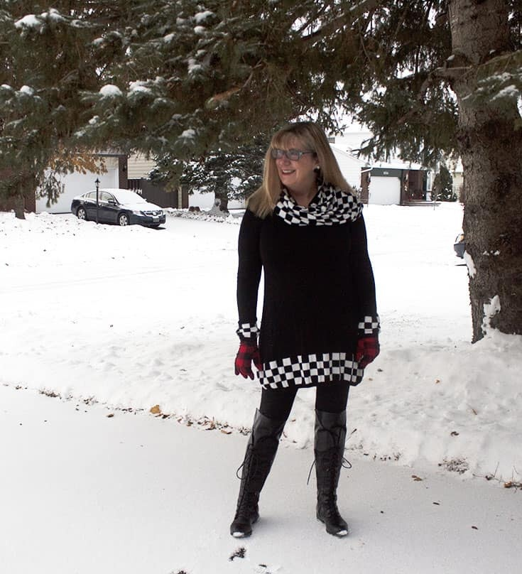 Rocking a Shein Tunic and Shoe Dazzle Boots in this winter wonderland