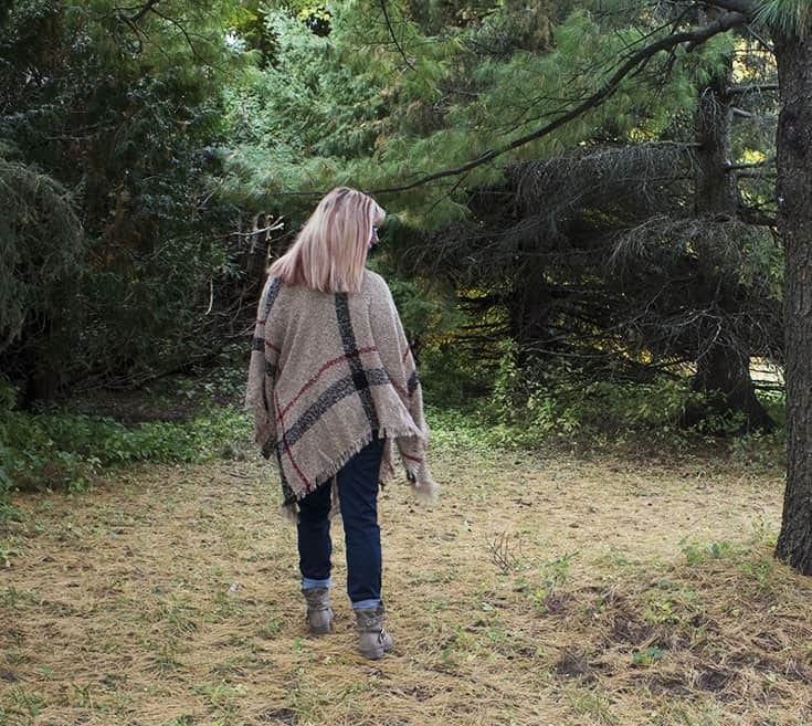 fall poncho and distressed boyfriend jeans 2