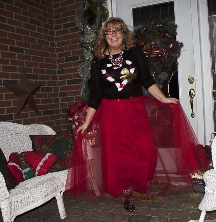 red tulle skirt with Candy Cane Sweater (6)