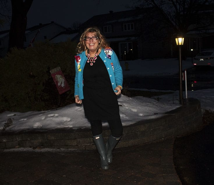 snowman sweater and grey hunter boots (2)