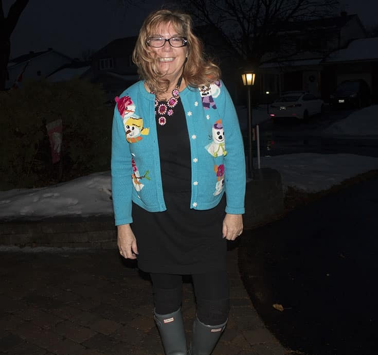 snowman sweater and grey hunter boots (3)