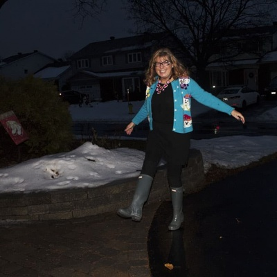 snowman sweater and grey hunter boots (4)